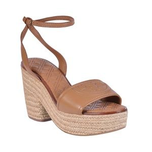 👡 TAN FLEMING QUILTED LEATHER WEDGE SANDAL 👡